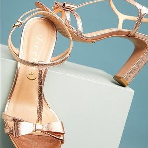 Anthropologie Vicenza Metallic Bow T-Strap Heels
